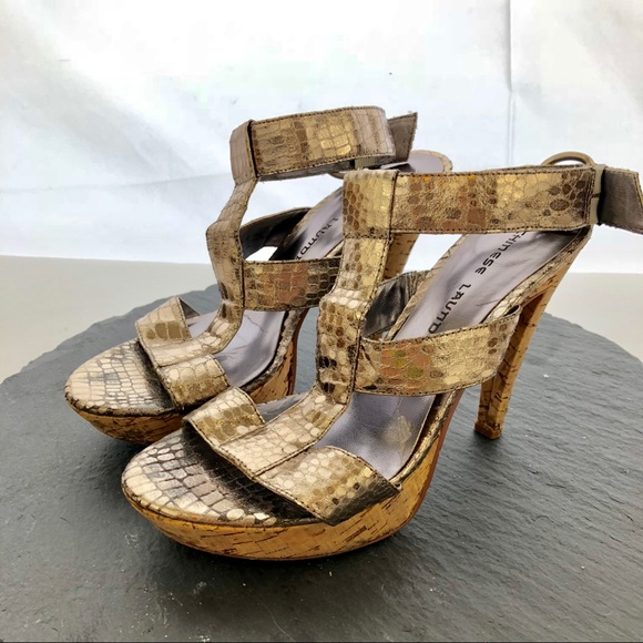 d60268a702f Chinese Laundry Gold Snake Skin Print Heels Sz 7.5